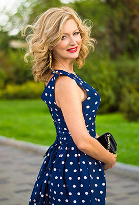 Ukraine bride  Viktoriya 49 y.o. from Dnipro, ID 92445